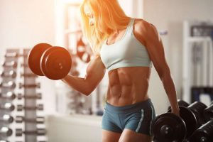 woman bodybuilding